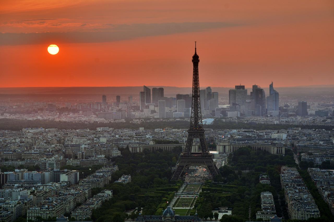 uitgaan, nightlife, discotheek, club, uitgaansleven, stappen, clubs, discotheken, bars, parijs, frankrijk